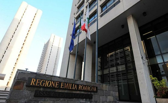 bologna - 29/03/2010 - elezioni regionali 2010 - sede della regione emilia romagna - viale aldo moro -